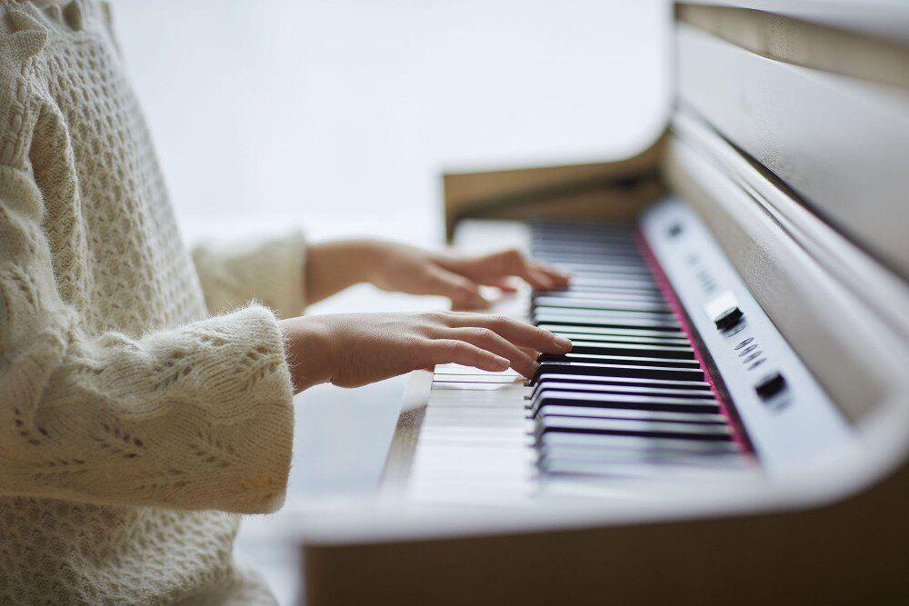 Цифровые пианино в интерьере современного жилища